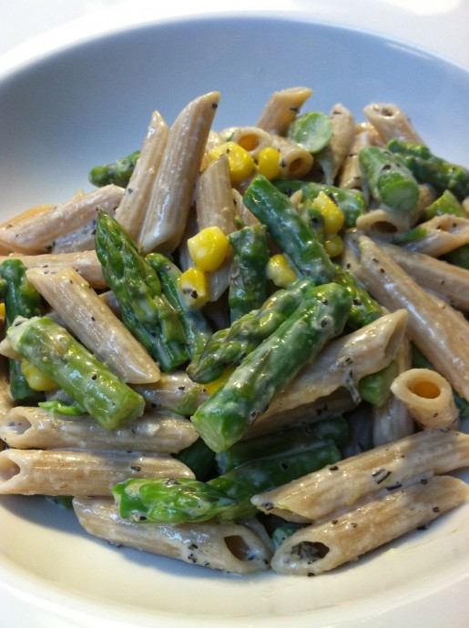 Creamy Cheese Pasta with Asparagus and Corn
