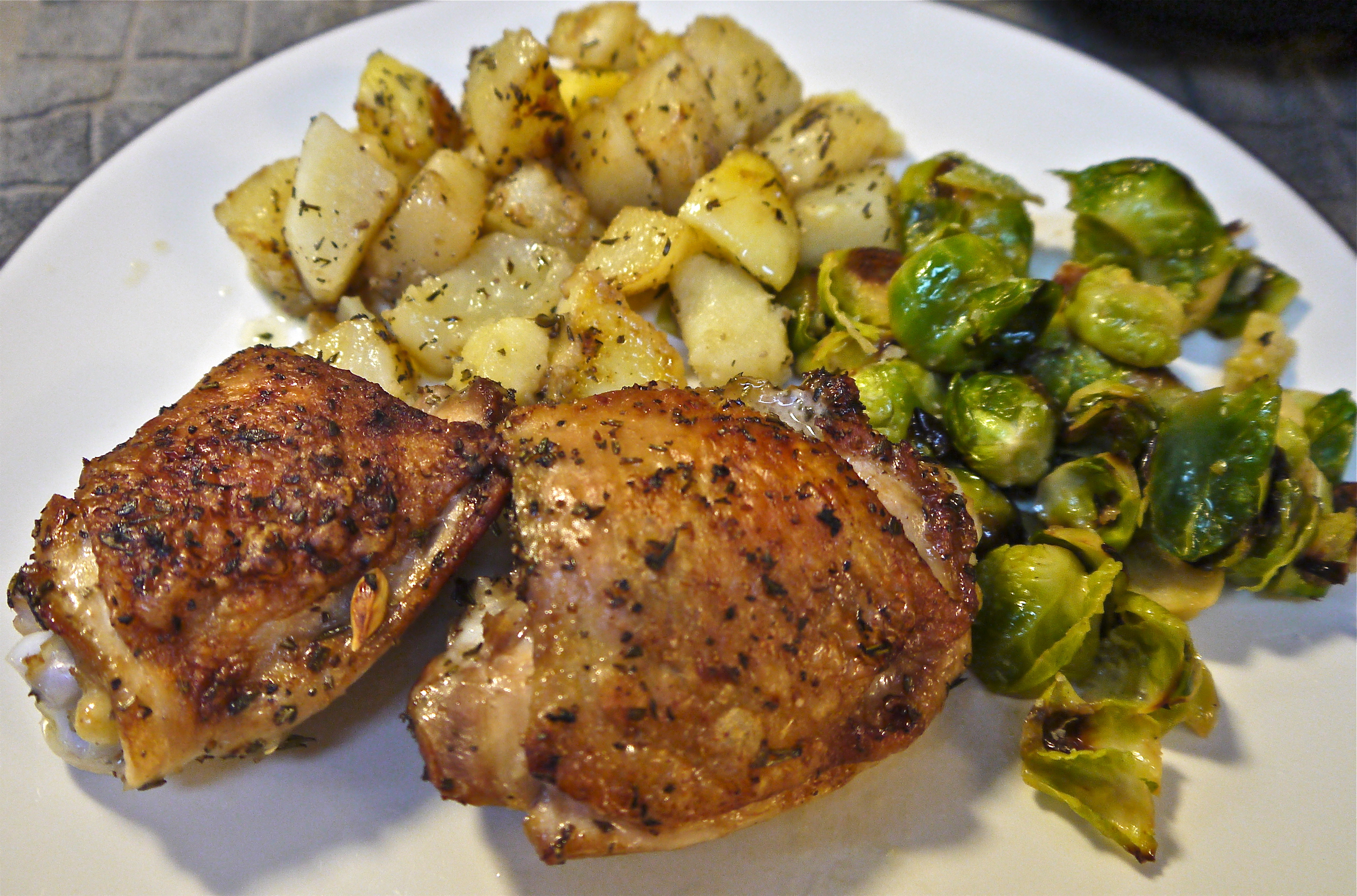Herb Roasted Chicken & Potatoes