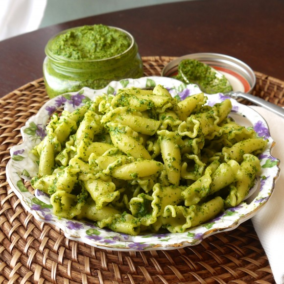 Kale Pesto Pasta